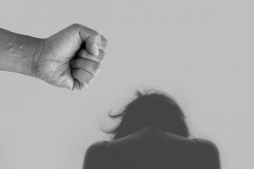 violences conjugales en venir à bout